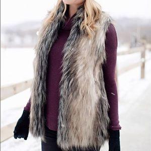 Fabulous Furs Faux Fox Vest Medium
